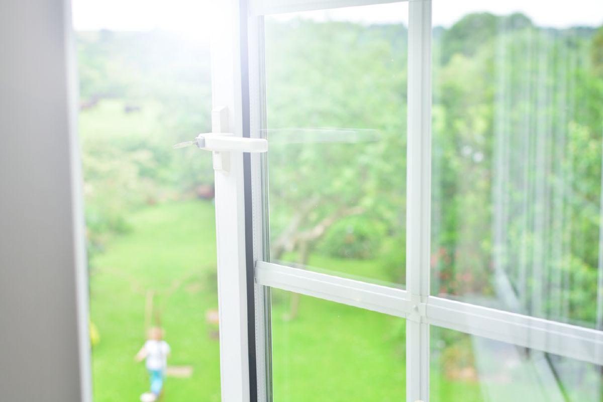 Door deals sheffield imagine bifold door deals sheffield for Double glazing deals